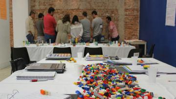 Por que os empresários estão brincando de Lego?